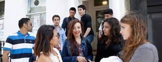 Cours d'Anglais et Activités culturelles pour un senior