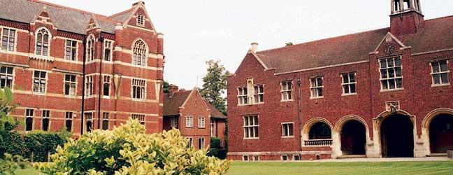 Programme intensif d'été pour adolescents (Cambridge en Angleterre)