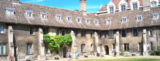 Cours d'Anglais et Examens de Cambridge pour un étudiant