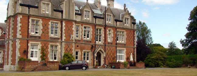 Camp linguistique d'été junior Bucksmore - King Edwards School (Guildford en Angleterre)