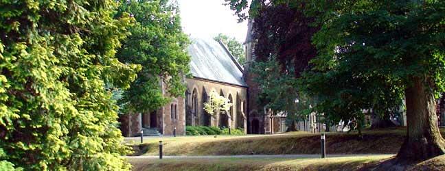 Programme d'été sur campus pour enfants multi-activités (Guildford en Angleterre)