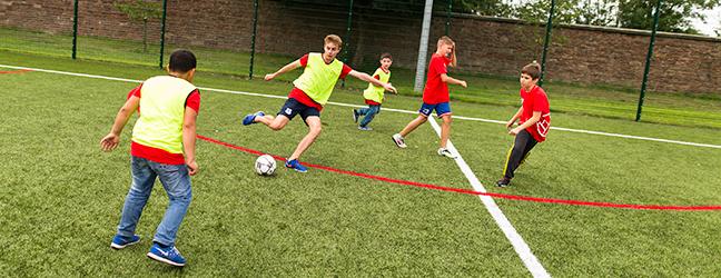 Programme d'été sur campus pour adolescents multi-activités (Keele en Angleterre)