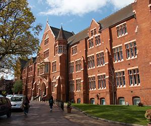 Camp Linguistique Junior Londres Camp linguistique d'été pour enfants et adolescents St Dunstan's College - Londres