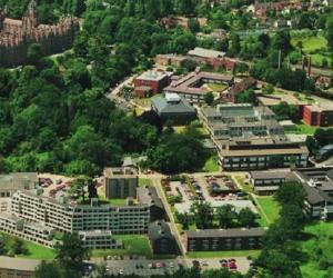 0 - Camp linguistique d'été Royal Holloway- University of London