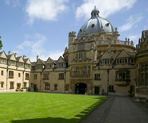 Camp Linguistique Junior Oxford Camp linguistique d'été junior Bucksmore - Brasenose College - Université d'Oxford - Oxford