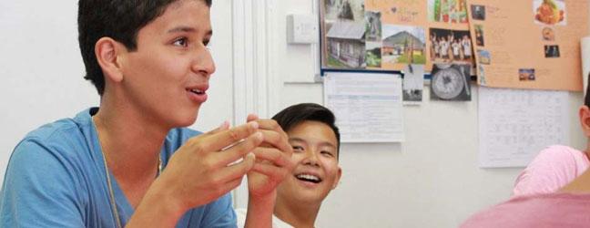 Programme intensif sur campus pour adolescents (Oxford en Angleterre)