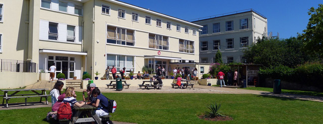 Programme hiver-printemps sur campus pour adolescents multi-activités (Torbay en Angleterre)