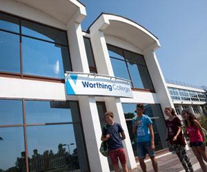 Programme d'été pour adolescents multi-activités Angleterre Camp linguistique d'été junior - Worthing College - Worthing