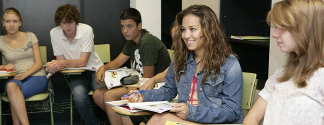 Séjour linguistique d'été junior EnfoCamp - campus Francisco de Vitoria (Madrid en Espagne)