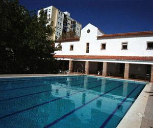 Programme d'été sur campus pour adolescents multi-activités Espagne Camp linguistique d'été junior ENFOREX - Marbella - Albergue College - Marbella