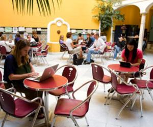 2 - CLIC - Centro de Lenguas e Intercambio Cultural - Seville pour professionnel