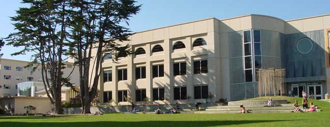 Camp linguistique d'été junior CISL Université de San Francisco Berkeley (San Francisco aux Etats-Unis)