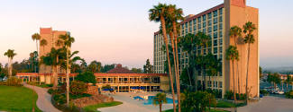Voyages linguistiques aux Etats-Unis pour un enfant - Campus - Santa Barbara - Santa Barbara